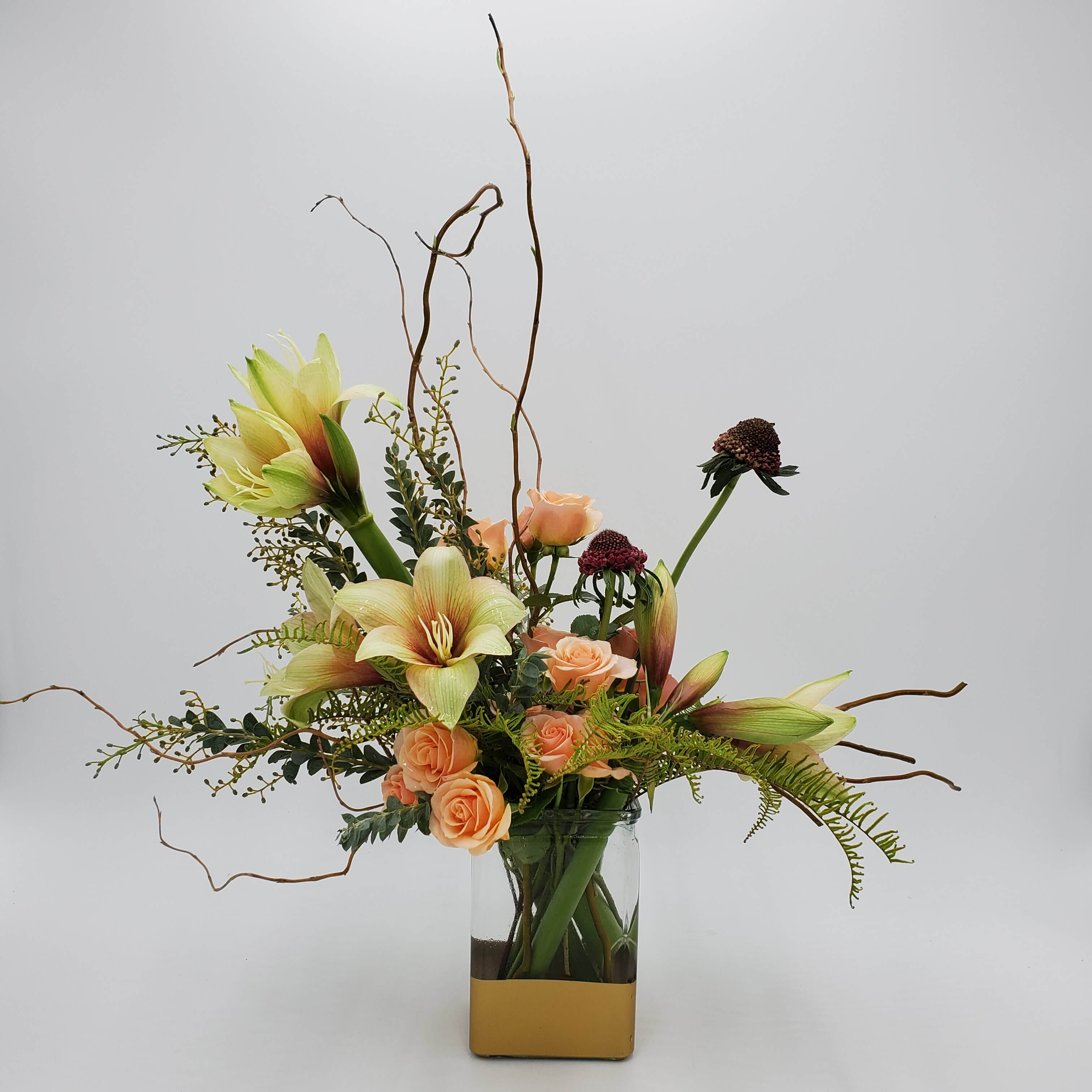 Naturalistic floral design in warm tones