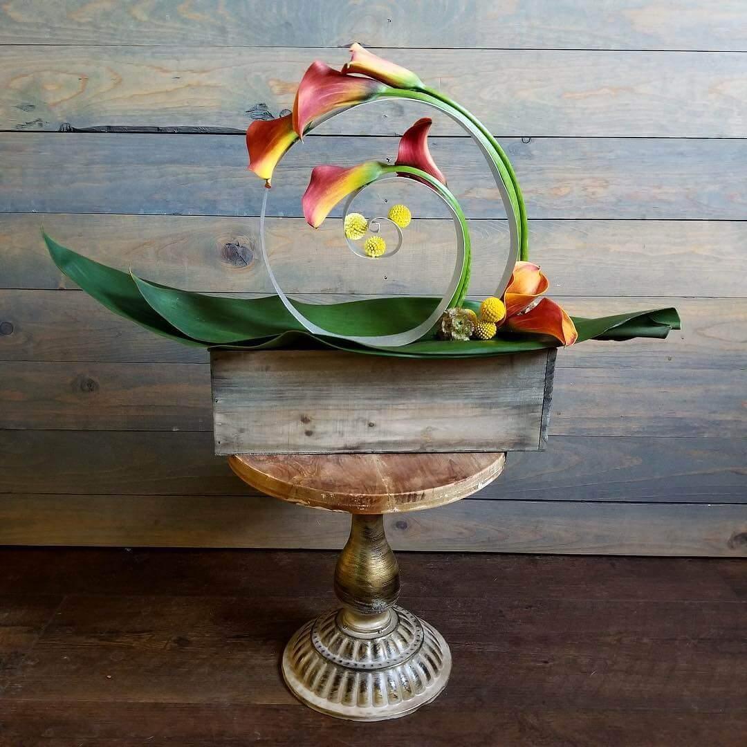 Artistic Calla lily floral design